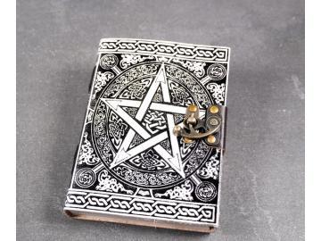 Buch der Schatten - mit Pentagramm